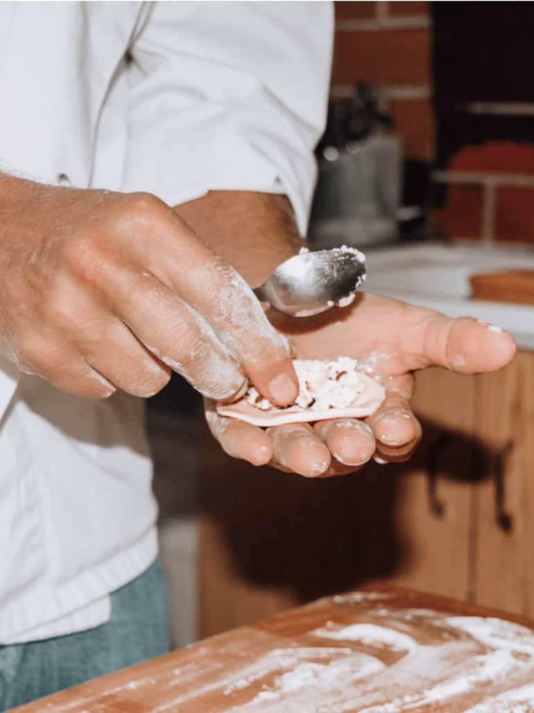 how to make traditional Polish pierogi